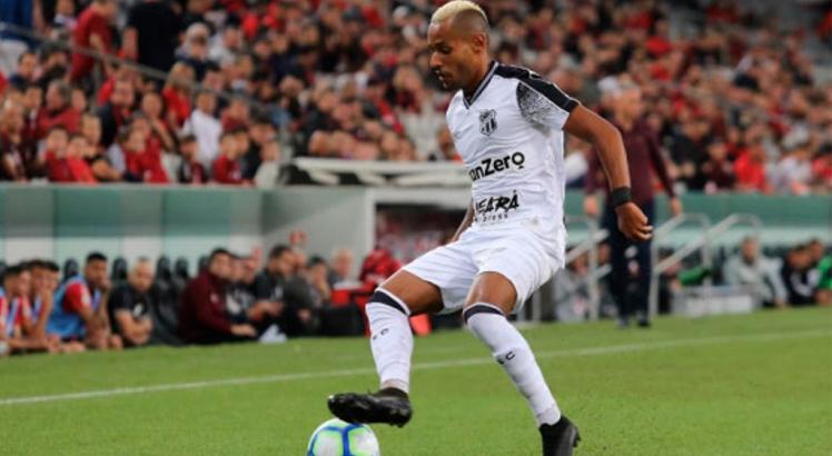 Mateus Gonçalves teve seu contrato renovado com o Ceará. Foto: Divulgação/Ceará