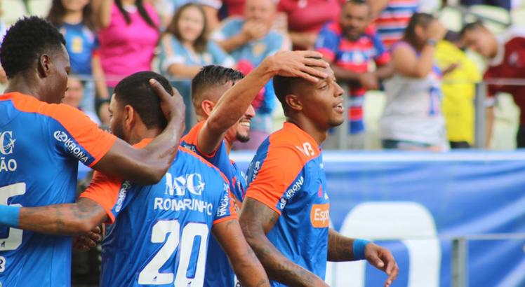Com a vitória, o Fortaleza chega aos 5 pontos e segue na parte de cima do Grupo A. Foto: Divulgação